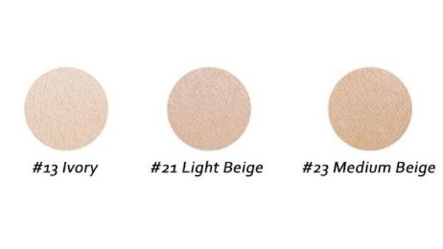 AGE20's Signature Essence Moisture Cover Pact SPF50 Nawilżający podkład w poduszeczce typu Cushion 21 Light Beige 2x14g
