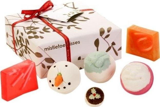Bomb Cosmetics Mistletoe Kisses Gift Pack - Zestaw upominkowy