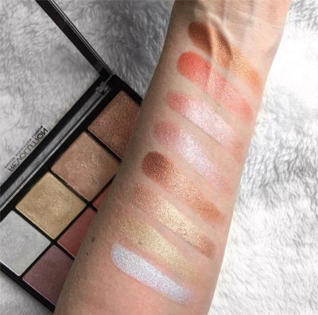 Makeup Revolution Ultra Pro Glow 2 Paletka rozświetlaczy