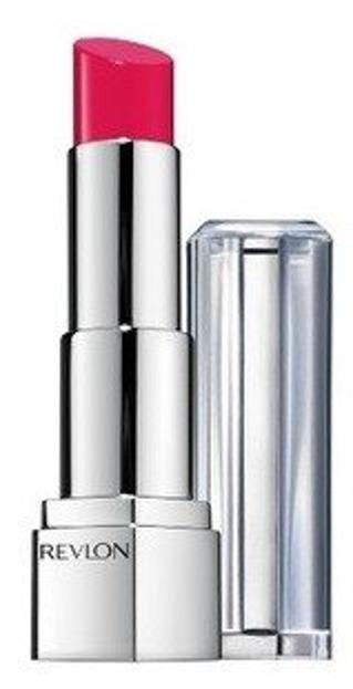 Revlon Ultra HD Lipstick Nawilżająca pomadka 820 Petunia